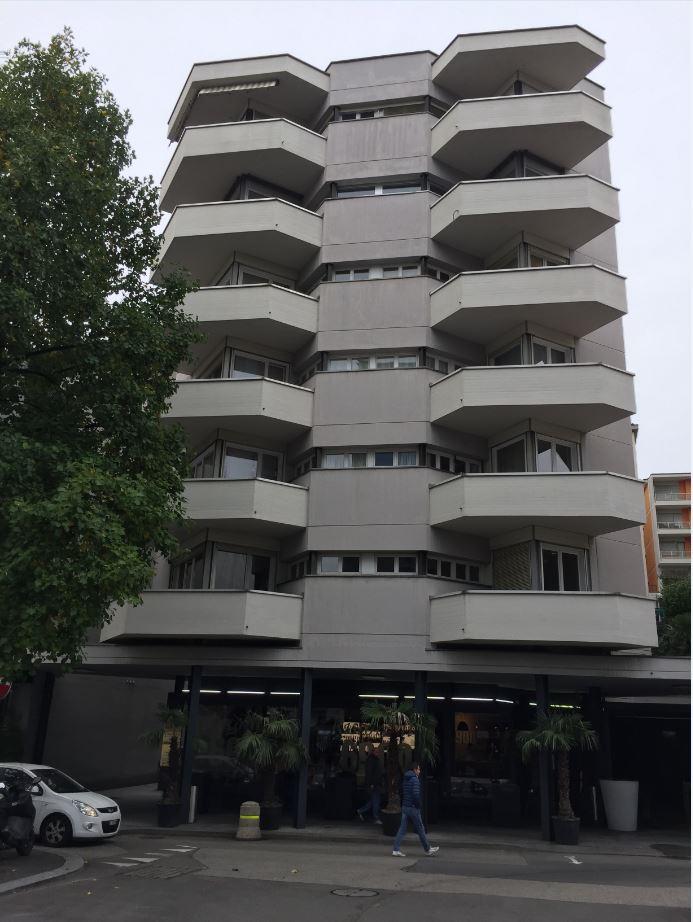 Scheda ua 001 affitto ufficio lugano ami for Spese arredo immobili ristrutturati