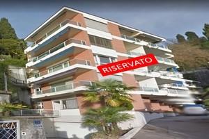 AV021--Appartamento-in-vendita--Castagnola--Esterno-riservato