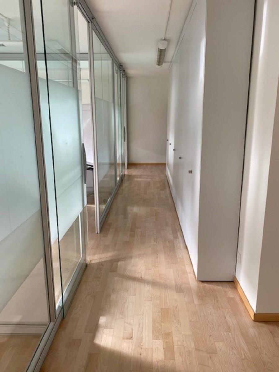 Affitto Ufficio Lugano Via Maderno - corridoio 3