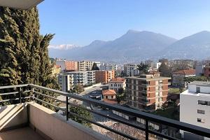 Vendiamo appartamento Lugano-Besso vista