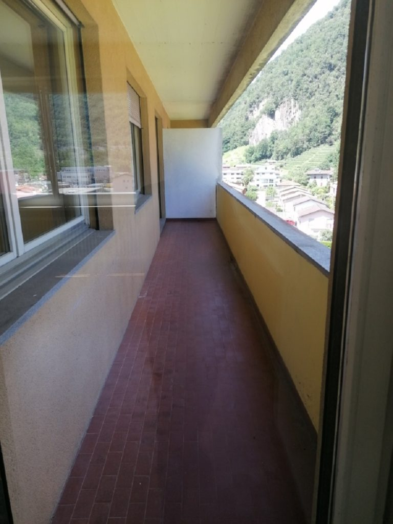07-Affitto a Castione - Via Cantonale - Esterno